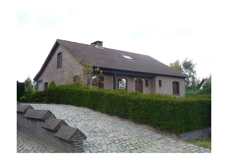 Verkocht prachtige villa op m² met mooie zuid gerichte tuin